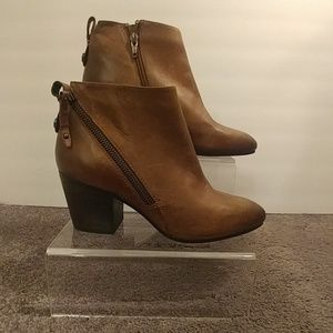 NWOT Steve Madden Women's Leather Ankle Boots